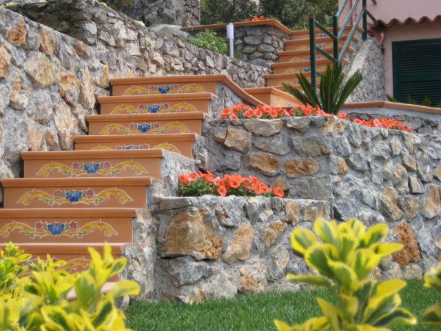 Il cotto napoletano ceramiche il pavone antica - Mattonelle per scale ...